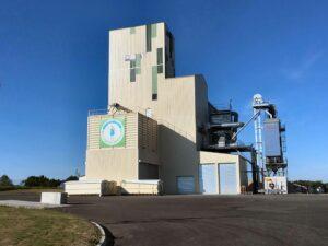 Le silo crée par la société Bio Crops Services est doté d'équipements spécifiques permettant notamment de désinsectiser sans produit chimique